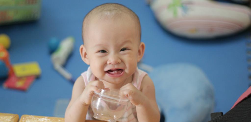 Kinh nghiệm chăm sóc khi bé mọc răng